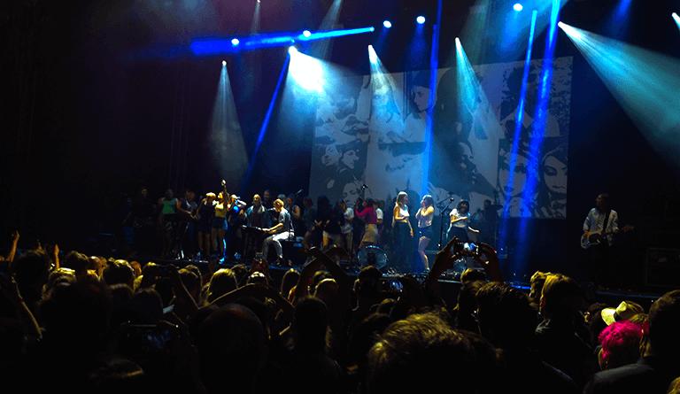 Belle and Sebastian på Popagandafestivalen 2016. Foto: Zac Fors.